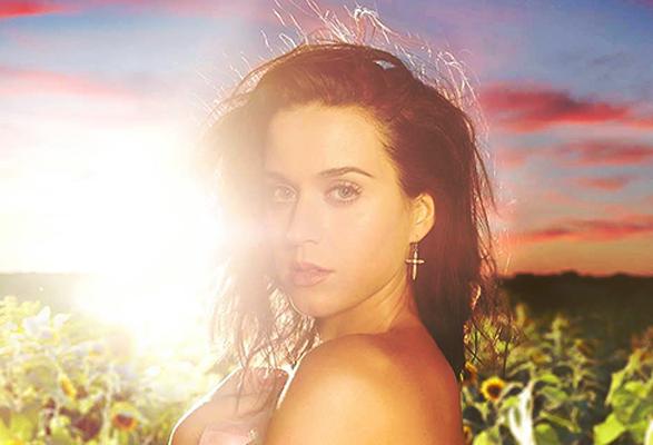 Katy Perry a její nejnovější singl Walking On Air 1