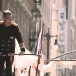 "Robbie Williams představuje nový klip  ""Go Gentle"""