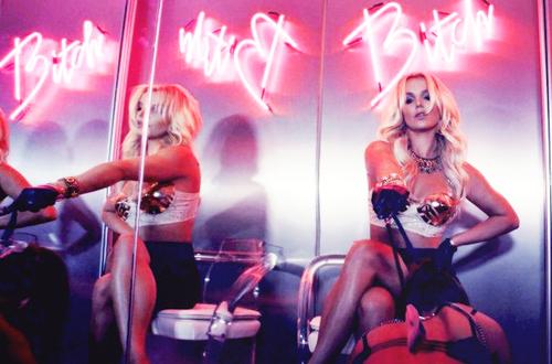 Britney Spears  má nový klip k písni Work B**ch  1
