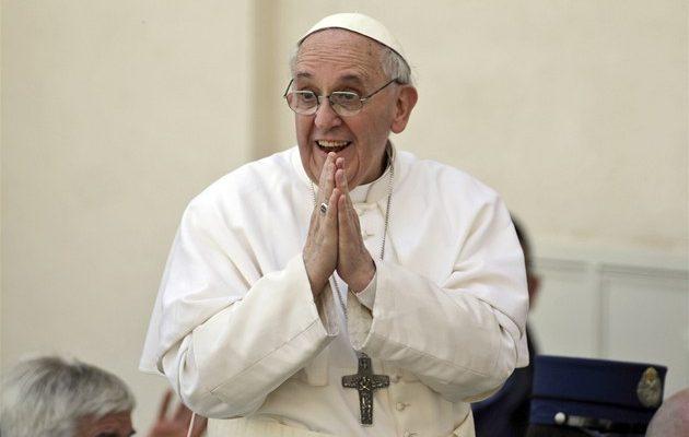 Papež František uznal evoluci i velký třesk: Bůh není kouzelník 1