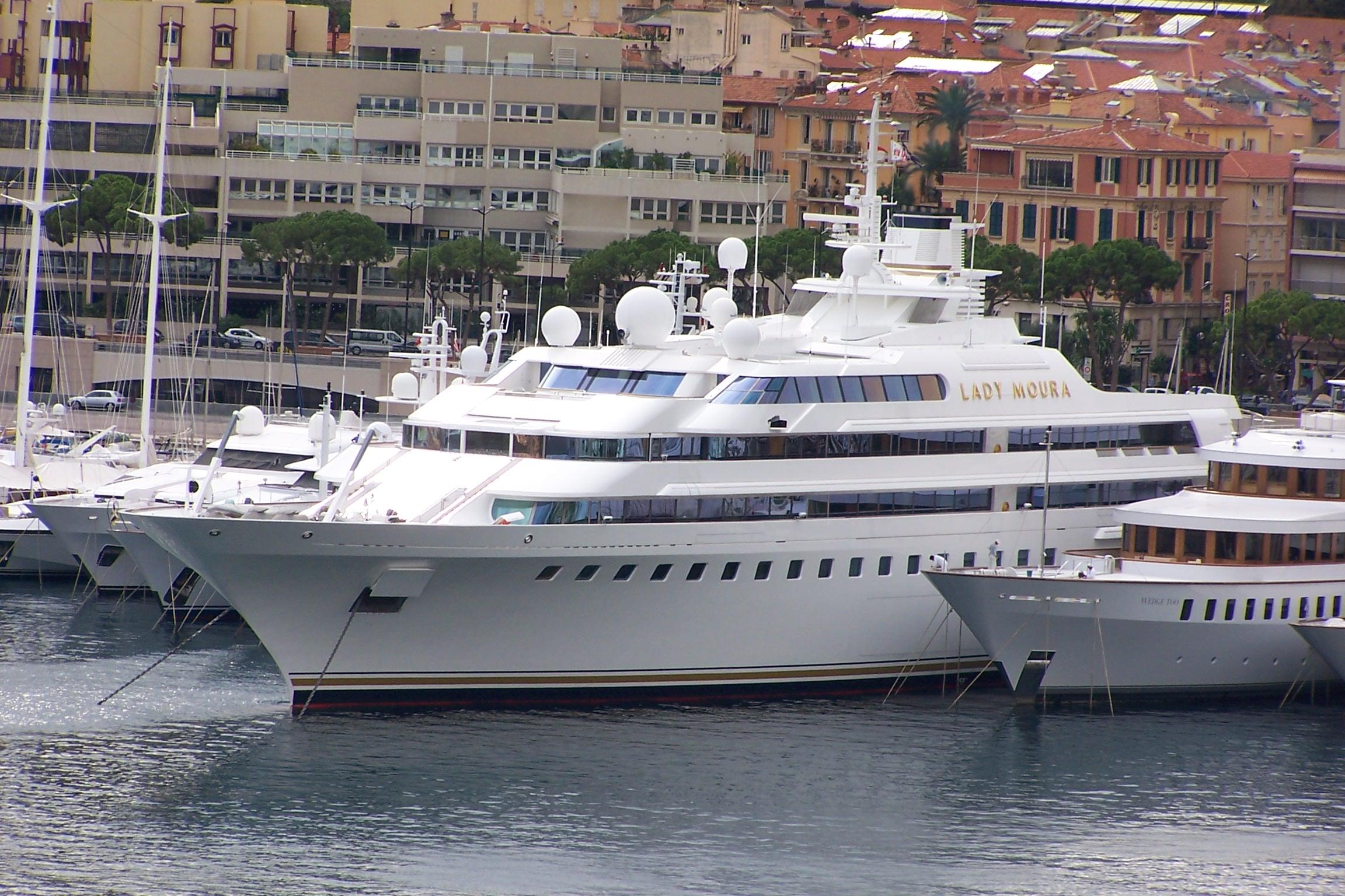Yacht_Lady_Moura_in_Monaco