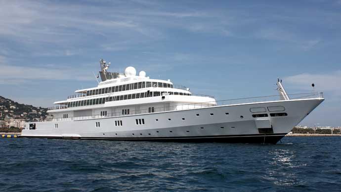 rising-sun-motor-yacht