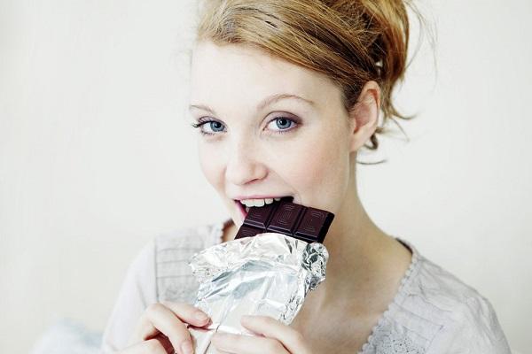 2218735-img-zena-cokolada