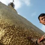 Zlatá skála z Myanmaru