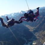 Pád ze 4000 metrů zábavou