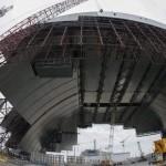 Nový sarkofág pohřbí Černobyl. Jak bude vypadat?