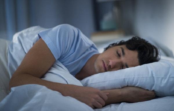 o-MAN-SLEEP-BED-570
