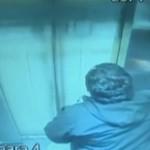 Největší šťastlivec na světě: Smrti ve výtahu unikl o vlásek