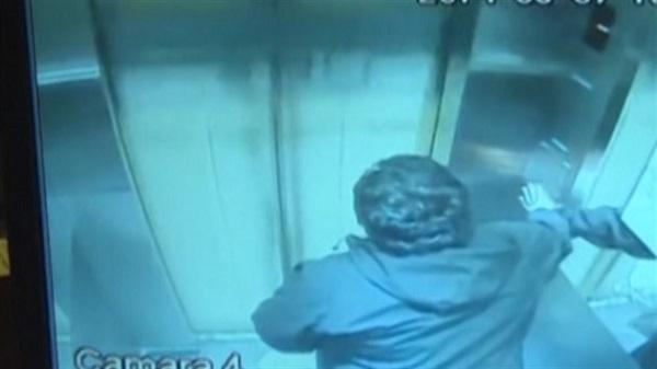 Největší šťastlivec na světě: Smrti ve výtahu unikl o vlásek 1