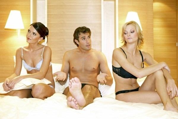 sex-muz-zena-trojka-6032