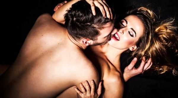 sex-muz-zena-vasen-milovani-istock_000022942125small