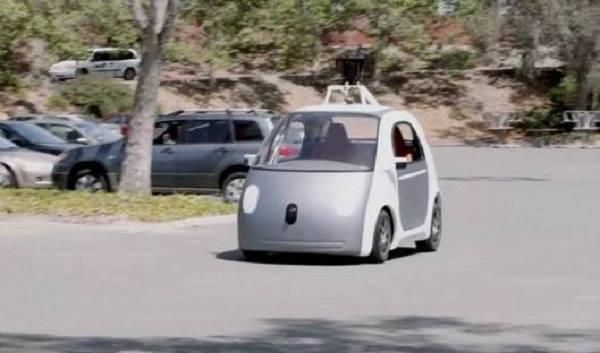 Začátek revoluce, v Anglii budou jezdit po silnicích robo-auta 1