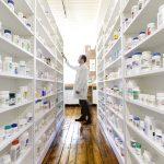Z trhu stahují lék pro pacienty s onemocněním plic a také lék Stopangin 4
