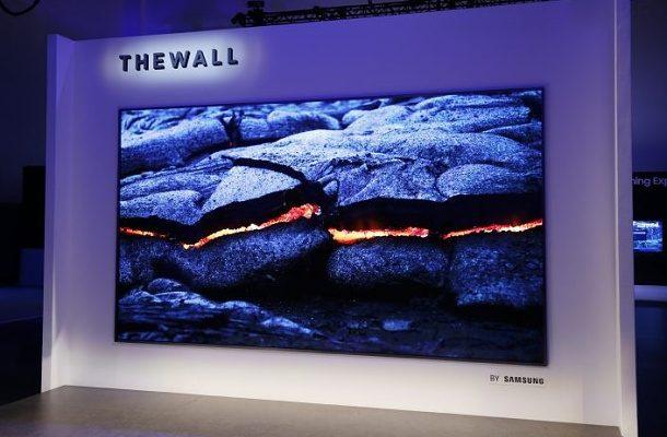 """Samsung představil """"The Wall"""": obrazovku budoucnosti 1"""