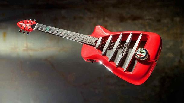 Elektrická kytara Alfa Romeo v limitovaném počtu 1