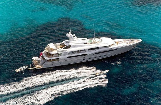 Madam Kate: 60-metrová super jachta vyrobena pro Brazilského velkopodnikatele 1
