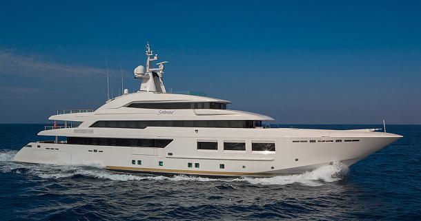 Saramour 133: 61 metrová luxusní megajachta od italské loděnice CRN 1