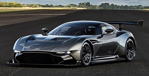 Velmi rychlý a krásný Aston Martin Vulcan 1