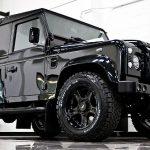Nadupaný 500-koňový Land Rover Defender s motorem od Corvete 6