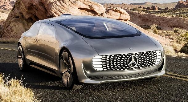 Mercedes-Benz F015: prototyp luxusního automobilu jezdícího na vodík a bez řidiče 1