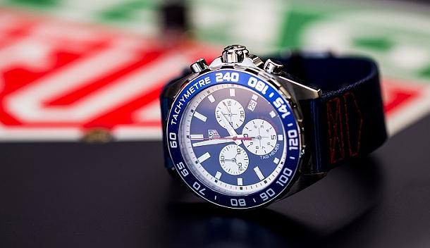 Na velké ceně Monaka Tag Heuer představil speciální model Formule 1 Red Bull Edition 1