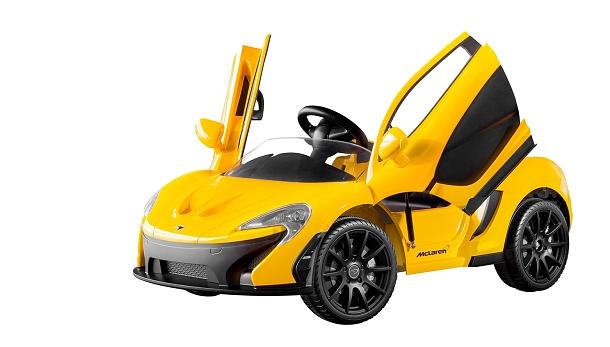 Touží vaše ratolesti jezdit ve vlastním autíčku? Dopřejte jim luxusní mini-sporťák! 1