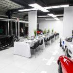 Dobré jídlo, noční život a nadupaná auta – vítejte v klubu Miami Supercar Room
