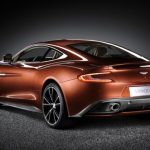 S novým Aston Martin Vanquish 2014 zapomenete na Anglický klid