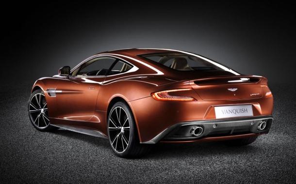 S novým Aston Martin Vanquish 2014 zapomenete na Anglický klid 1