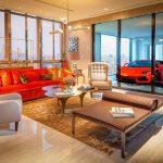 Boháči v Singapuru parkují své Ferrari přímo v obývacím pokoji