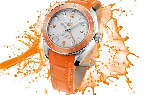 Omega představila světově první hodinky s oranžovou keramikou 1