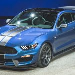 """Ford představuje """"legendární"""" Shelby® GT350® Mustang. Ovládání a výkon na rozdávání"""