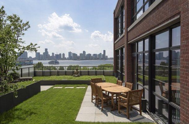 Bon Jovi prodává svůj Duplex na West Village za 17,3 miliónů dolarů 1