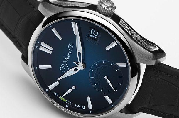 H.Moser & Cie. Pioneer Perpetual Calendar - oblekové hodinky určené na každý den 1