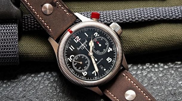 Jednotlačítkový pilotní chronograf Pioneer Monocontrol značky ... 7b6d84cc53b