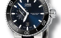 Aquis Small Second - potopěčské hodinky s modrým číselníkem a černou keramickou lunetou 36