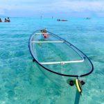 PROZKOUMEJTE KRÁSU OCEÁNU S TRANSPARENTNÍM KAJAKEM