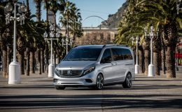 Mercedes EQV elektrický minibus 20