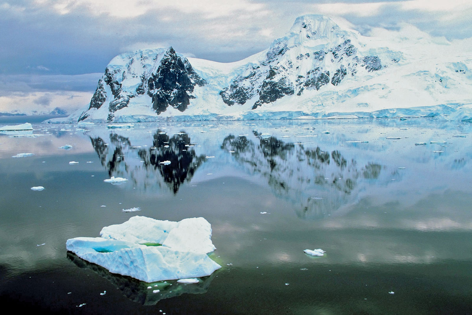 Skrývá se Atlantida pod ledem v Antarktidě? 2