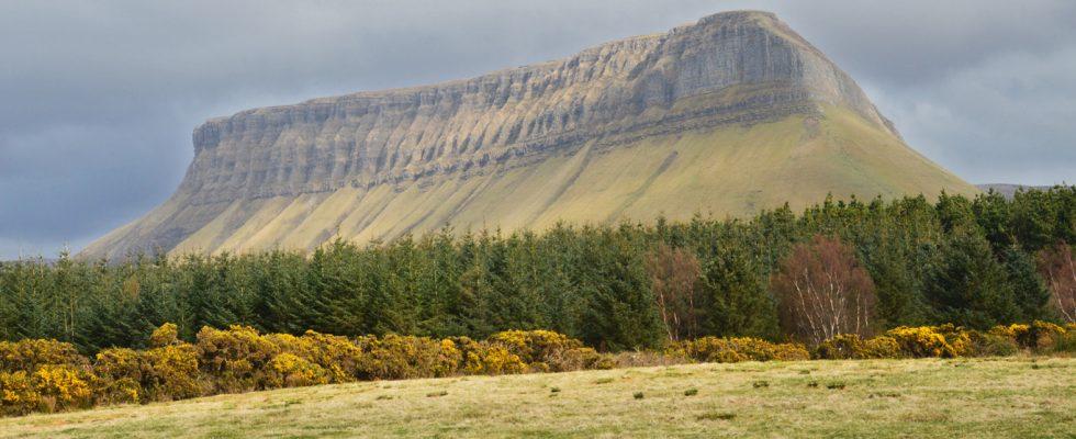 Kdo byly zářící bytosti Tuatha Dé Danann, které kdysi vládly Irsku? 1