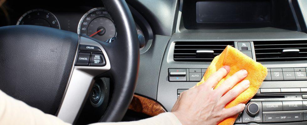 Jak vyčistit interiér auta 1