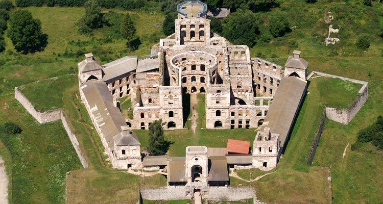 Záhadnami opředený hrad Krzyztopor v Polsku 1