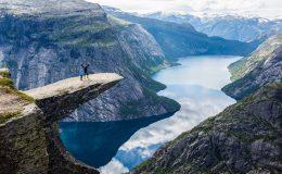 Fotogenická Trolltunga v Norsku 3