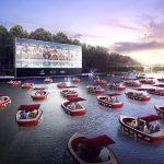 """Paříž má """"plovoucí kino"""" s čluny umožňujícími společenský odstup 2"""