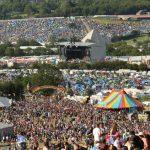 Návštěva hudebního festivalu Glastonbury 2