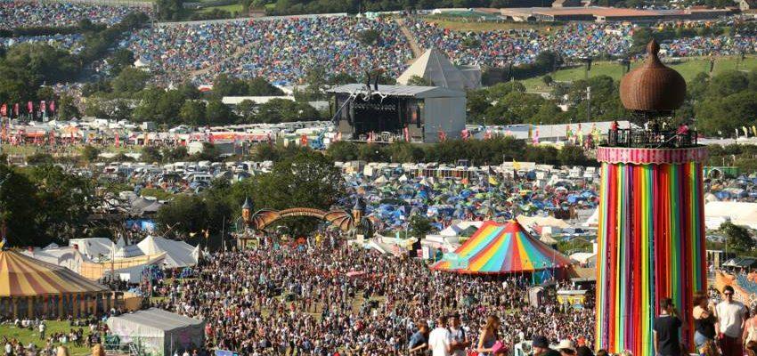 Návštěva hudebního festivalu Glastonbury 1