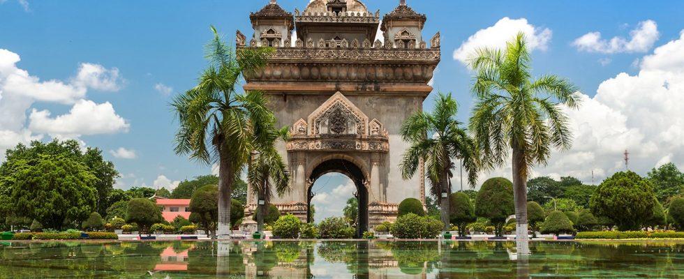 48 hodin ve Vientiane v Laosu 1