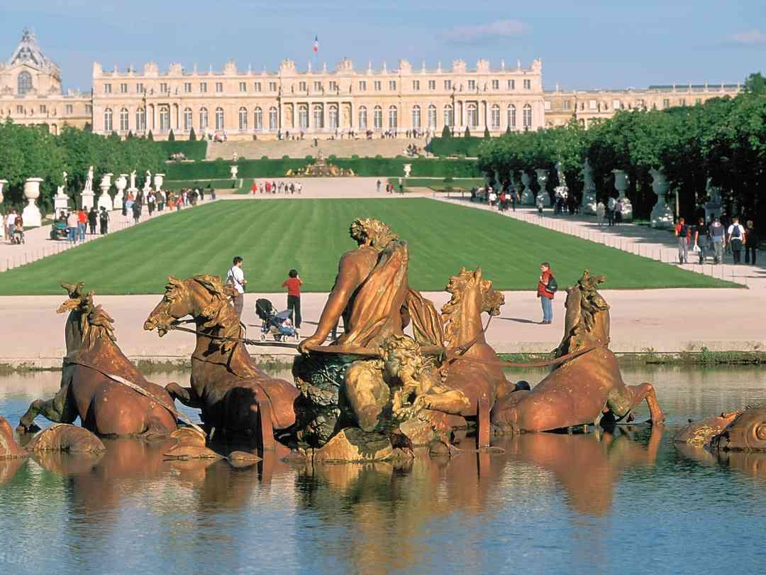 10 nejkrásnějších hradů a paláců v Evropě 5