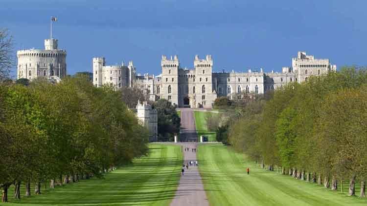 10 nejkrásnějších hradů a paláců v Evropě 9