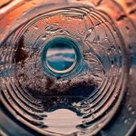Nový proces proměňuje plastový odpad v použitelné lepidlo 13
